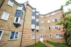 Flat For Sale  Drive Essex CM1