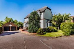 Detached House For Sale  Yelden Bedfordshire MK44