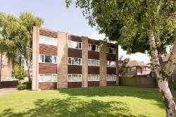 Flat For Sale  Twickenham Middlesex TW2