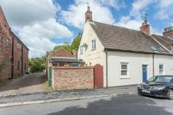 Terraced House For Sale  Barrow Upon Humber Lincolnshire DN19