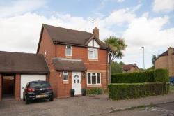 Detached House For Sale  Horsham Surrey RH12