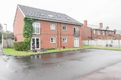 Flat For Sale  Manchester Greater Manchester M46
