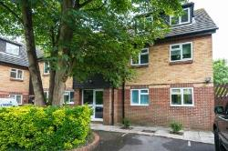 Flat For Sale  Henley on thames Berkshire RG9