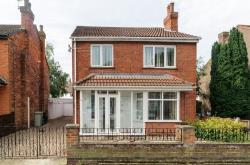 Detached House For Sale  Skegness Lincolnshire PE25