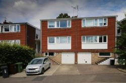 Detached House For Sale  Frimley Surrey GU16