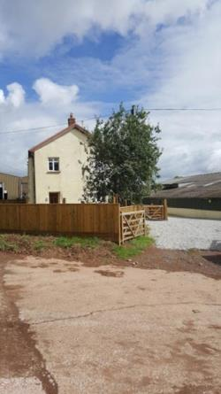 Detached House To Let  Crediton Devon EX17