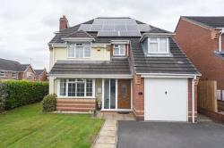 Detached House For Sale  Moira Derbyshire DE12