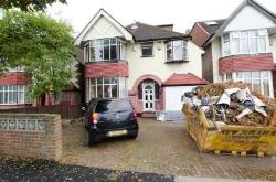 Detached House For Sale  New Malden Surrey KT3
