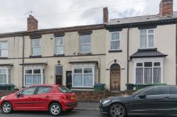 Terraced House For Sale  Oldbury West Midlands B68