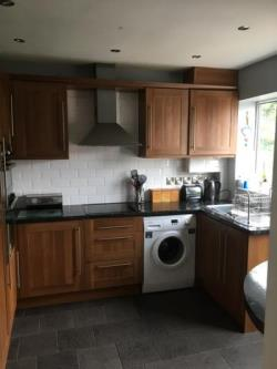 Terraced House To Let  Altrincham Cheshire WA15