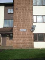 Flat To Let  Seacroft, Leeds, West Yorkshire West Yorkshire LS14