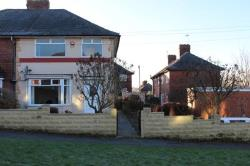 Terraced House To Let  Leeds, West Yorkshire West Yorkshire LS14