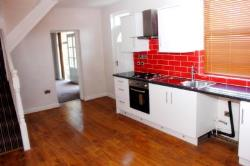 Terraced House To Let  Potternewton, Leeds, Westyorkshire West Yorkshire LS7