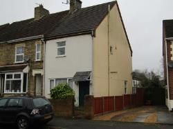 End Terrace House To Let  Peterborough Cambridgeshire PE2