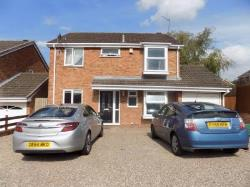 Detached House To Let  Brierley Hill West Midlands DY5