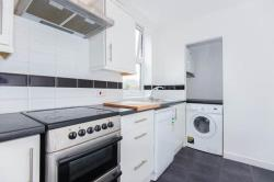Flat To Let  Chorleywood Hertfordshire WD3