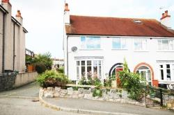 Semi Detached House To Let  Colwyn Bay Conwy LL29