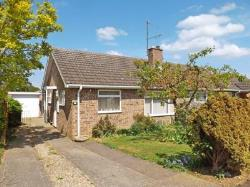 Semi - Detached Bungalow For Sale  Wickhamford Worcestershire WR11