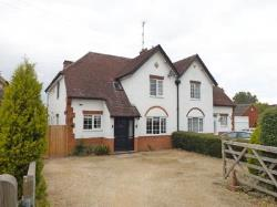 Semi Detached House For Sale  Evesham Worcestershire WR11