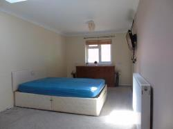 Flat To Let  Luton Bedfordshire LU4