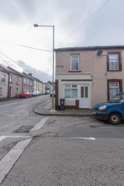End Terrace House To Let  Newport Torfaen NP4