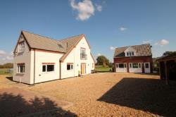 Detached House For Sale  Cople Bedfordshire MK44