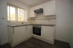Flat To Let  Bruce Grove Greater London N17