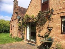 Flat To Let  Little Gaddesden Hertfordshire HP4