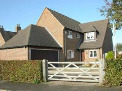 Detached House To Let  Pitstone Bedfordshire LU7