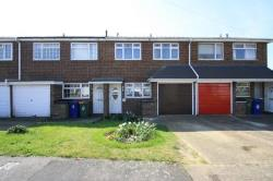 Terraced House To Let  Chadwell St Mary Essex RM16