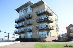 Flat To Let  Greenhithe Kent DA9
