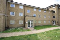 Flat To Let Hogg Lane Grays Essex RM17