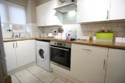 Flat To Let  Grays Essex RM20