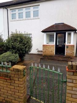 Room To Let  Coulsdon Surrey CR5