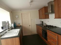 Semi Detached House To Let  Pontypool Torfaen NP4