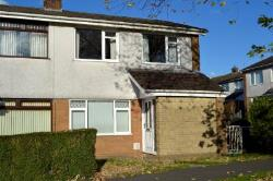 Semi Detached House To Let  Blackwood Glamorgan NP12