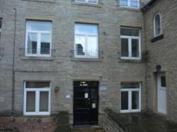 Flat To Let  Greetland West Yorkshire HX4