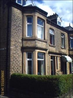 Room To Let  Halifax West Yorkshire HX3