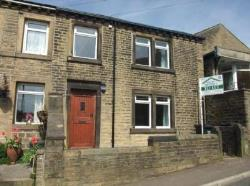 Terraced House To Let  Coldwells Hill West Yorkshire HX4