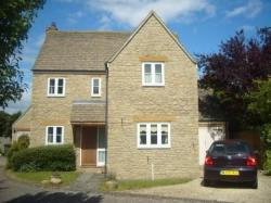 Detached House To Let  Lechlade Gloucestershire GL7