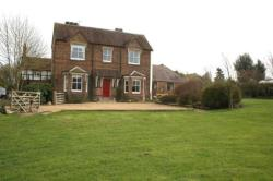 Detached House To Let  Southam Warwickshire CV47