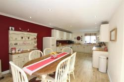 Detached House For Sale  Napton On The Hill Warwickshire CV47