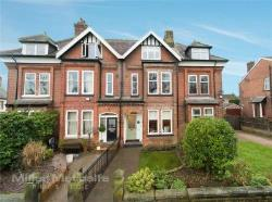 Terraced House For Sale  Worsley Greater Manchester M28