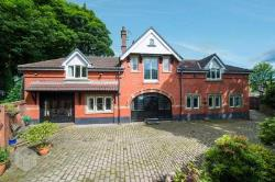 Detached House For Sale  Lancashire  Greater Manchester OL11