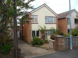 Detached House To Let  Lordswood Hampshire SO16
