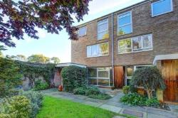 Maisonette To Let  Teddington Middlesex TW11
