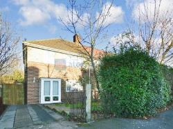 End Terrace House To Let  London Greater London SE12