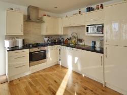 Detached House For Sale  London Greater London SE16