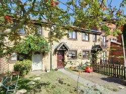 Terraced House To Let  London Greater London SE14