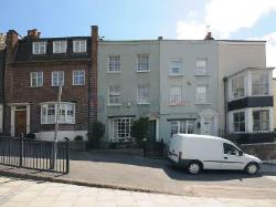 Terraced House To Let  London Greater London SE10